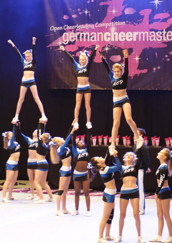 Cheerleader-Contest_2